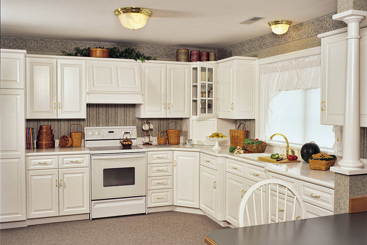 White Country Kitchen - Large