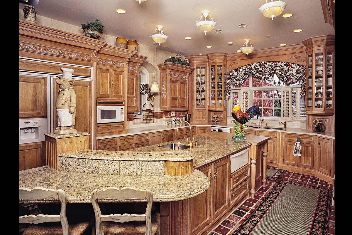 French Country Kitchen - Large