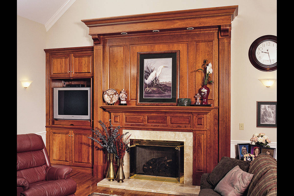 Family Fireplace - Large