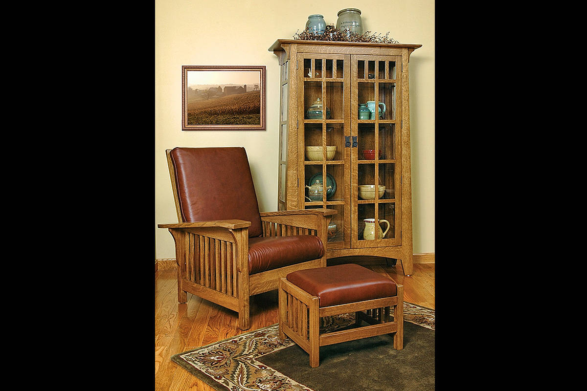 Mission Curio, Morris Mission Recliner with Ottoman